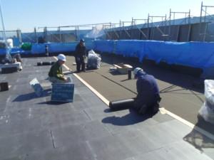 ②屋上アスファルト防水状況